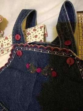 Conjunto jardinero jean bordado+camisa importado 18m  use 1 vez j, usado segunda mano  Agronomía, Capital Federal
