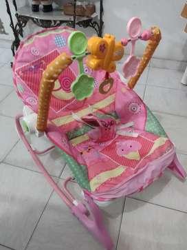 Vendo silla mecedora bebe