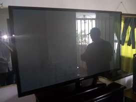 Vendo Samsung LCD de 51 pulgadas excelente estado
