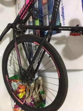 Vendo bicicleta GW Marca GW  Marco talla M Rin 29 grupo chimano