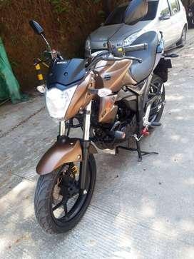 vendo moto suzuki GIXXER 155