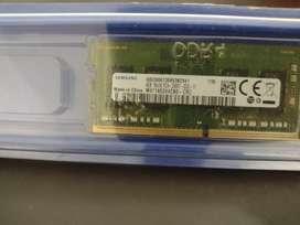 Memoria Ram 4 GB, DDR4, PC4, velocidad 2.4 MHz