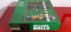 Se vende juego de bolas de billar