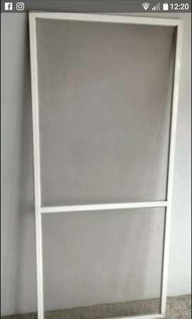 Hoja mosquitera para puerta corrediza