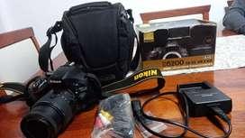Vendo camara Nikon impecable