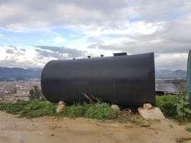Se vende 2 tanques para combustibles estacionarios (grifos)
