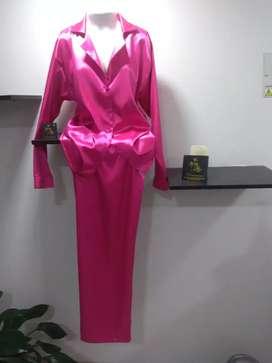 Pijama para dama en Satin Licrado pantalón largo y blusa manga larga