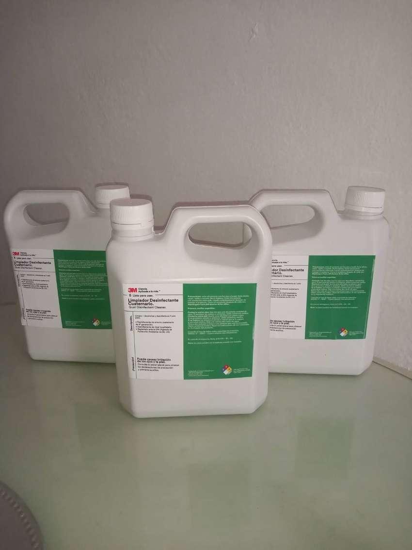 Desinfectante Amonio Cuaternario- galon x 4 litros