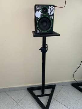 Bases de monitor KP840 (el precio es por las dos)