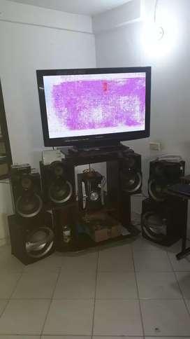 Vendo televisor y equipo de sonido marca panasonic