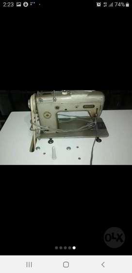 Maquina de Cocer Pfaff