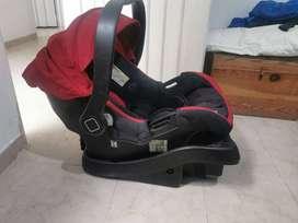 Silla de bebé para carro marca safety 1st