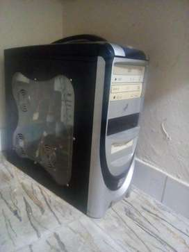 Vendo Torre Cpu