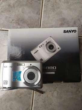 Cámara digital Sanyo VOC-S880