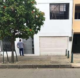 VENDO O PERMUTO HAST 50% CASA DE 2 PISOS EN EL CENTRO  MONTERIA