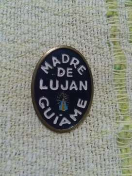 Antiguo pin prendedor religioso Madre de Luján guiame . Virgen de Luján 1989