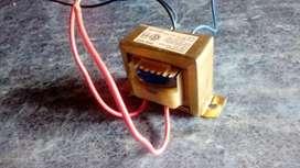Transformador Pronext 220-12v con punto medio