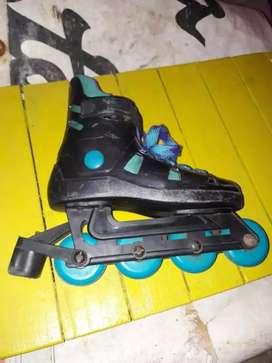 Vendo patines usados pero en buen estado $1000
