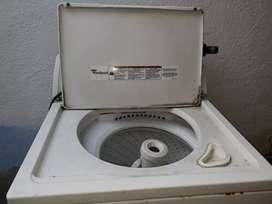 Lavadora buena solo mantenimiento