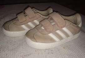 Zapatillas Adidas Gazelle segunda mano  Rosario, Santa Fe
