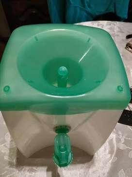 Dispenser de agua natural