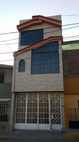 En venta bonita casa en Miraflores