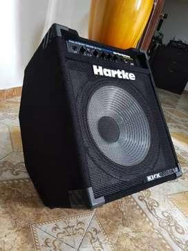 Amplificador de bajo hartke kick back 15