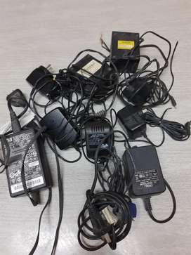 Vendo transformadores ,impresora HP deskjet d1460con fuente a reparar, cargador celular auriculares Nokia 6141