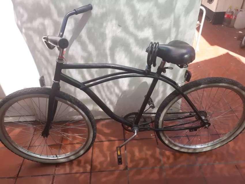 Bicicleta rodada 26 en perfecto estado con cadena y candado 0