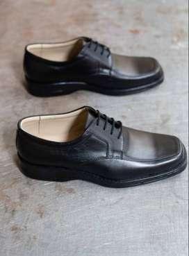 Zapatos de Cuero/Calzado Arevalo D22: ( Escolares y Clásicos )
