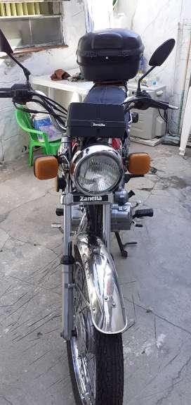 Vendo zanella sapucai 125 2009 la tengo de 0km.caja de 5 velocidades esta muy bien cuidada debe 10 de patentes
