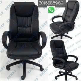 Gran silla ultra ergonómica gerencial categoría Premium. Diseño elegante de alta categoría.