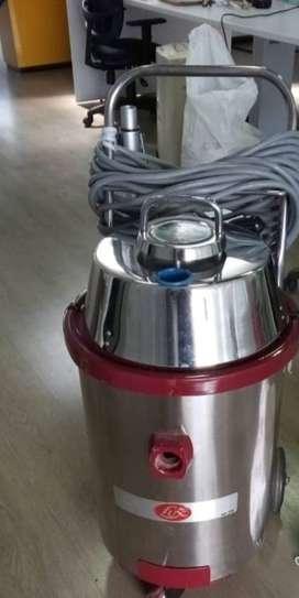 Aspiradora Industrial LUX Uz867