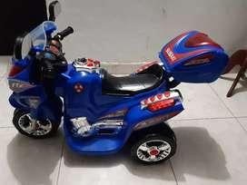 Moto eléctrica recargable