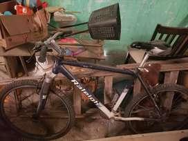 Vendo bicicleta con cambios reileg