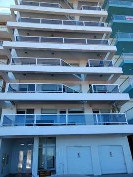 Alquiler Depto Monte Hermoso con balcón al mar