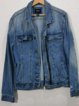 Vendo chaqueta Jean