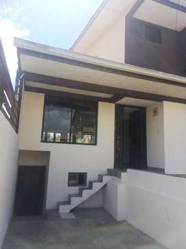 Casa en Venta, Sector Complejo Deportivo Totoracocha