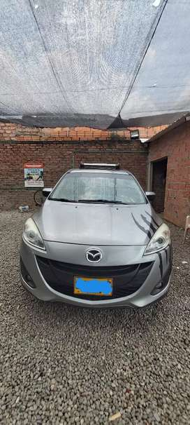 Camioneta 7 puestos Mazda 5 all  new