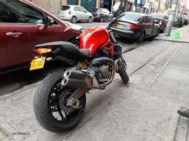 Vendo Ducati moster 821año 2015