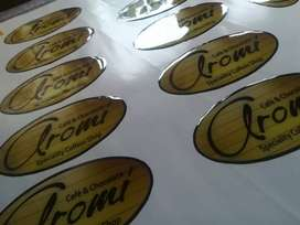 Stikers encapsulados con vidrio liquido