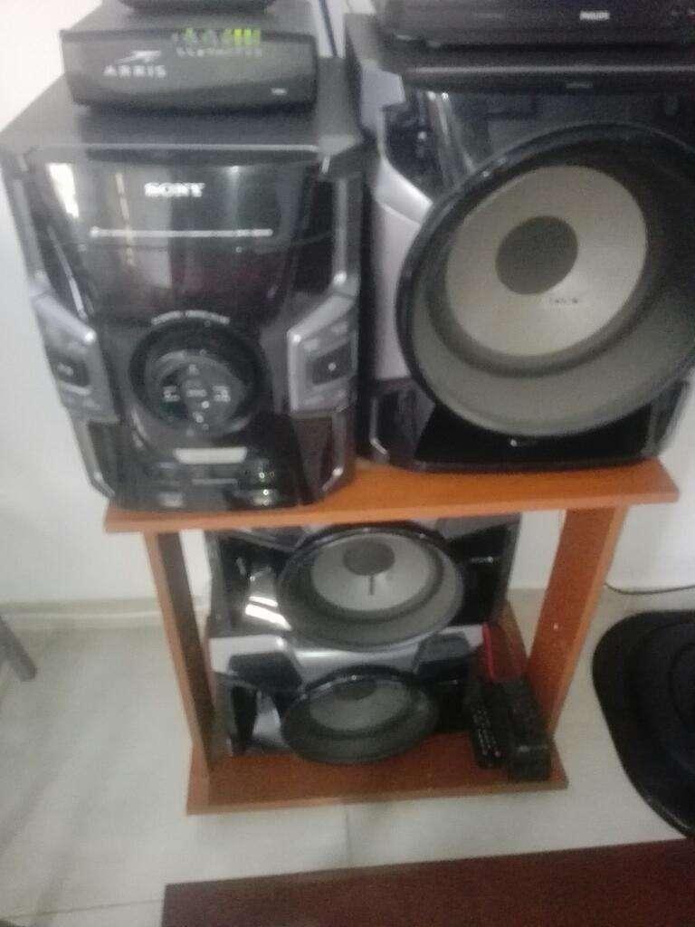 Vendo Equipo de Sonido Sony 0