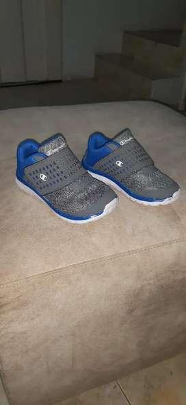 Vendo zapatillas champions