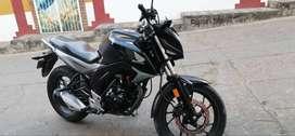 Vendo Moto cb 160 excelente estadotado