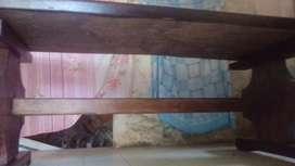 Vendo mesón antiguo de madera compacta ,negociable..