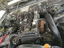 Se. Ver de más BT 50 4 x 4  una senama de reparada con dumentos de reparación y garsntizado