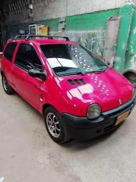 Vendo Renault twingo mod 2007, ganga 10800000