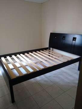 camas en moncoro