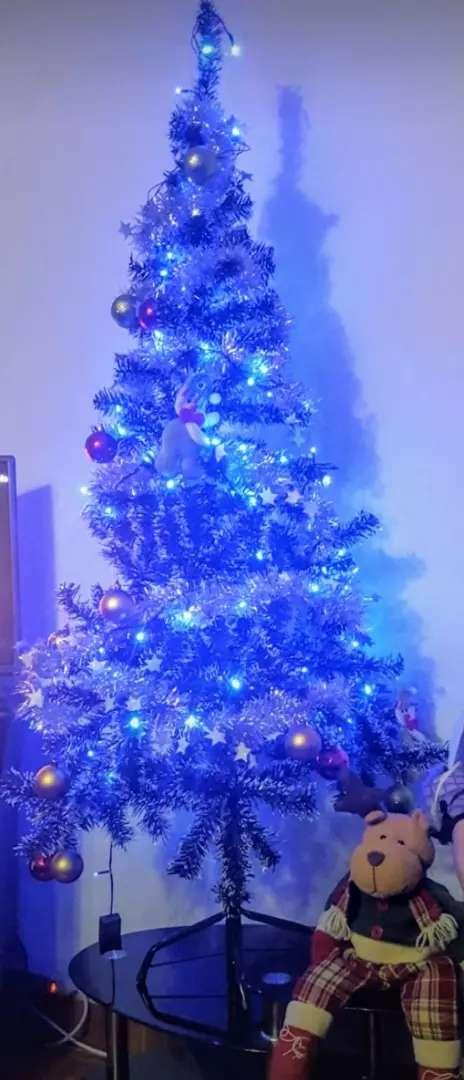 Vendo hermoso Árbol de navidad 0