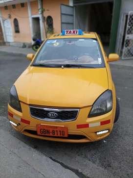 Taxi Kia ecxite 2011 full